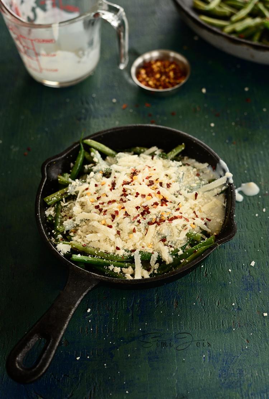 Easy vegetarian baked green beans