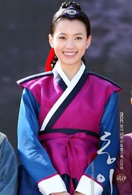 Foto Dong Yi