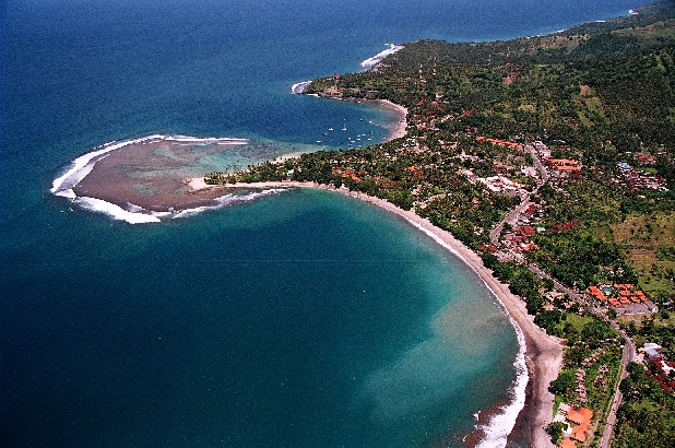Tempat Wisata Pantai Senggigi