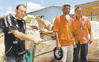 Centro de reciclagem ajuda comunidade de São Sebastião