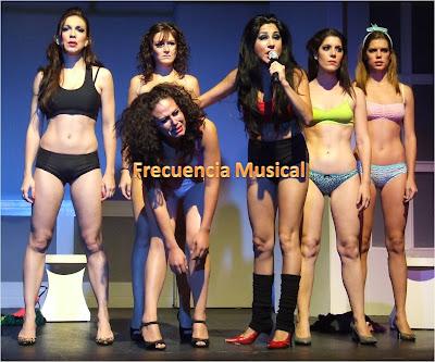 Frecuencia musical mujeres en el ba o por fin en m xico for Chicas en el bano