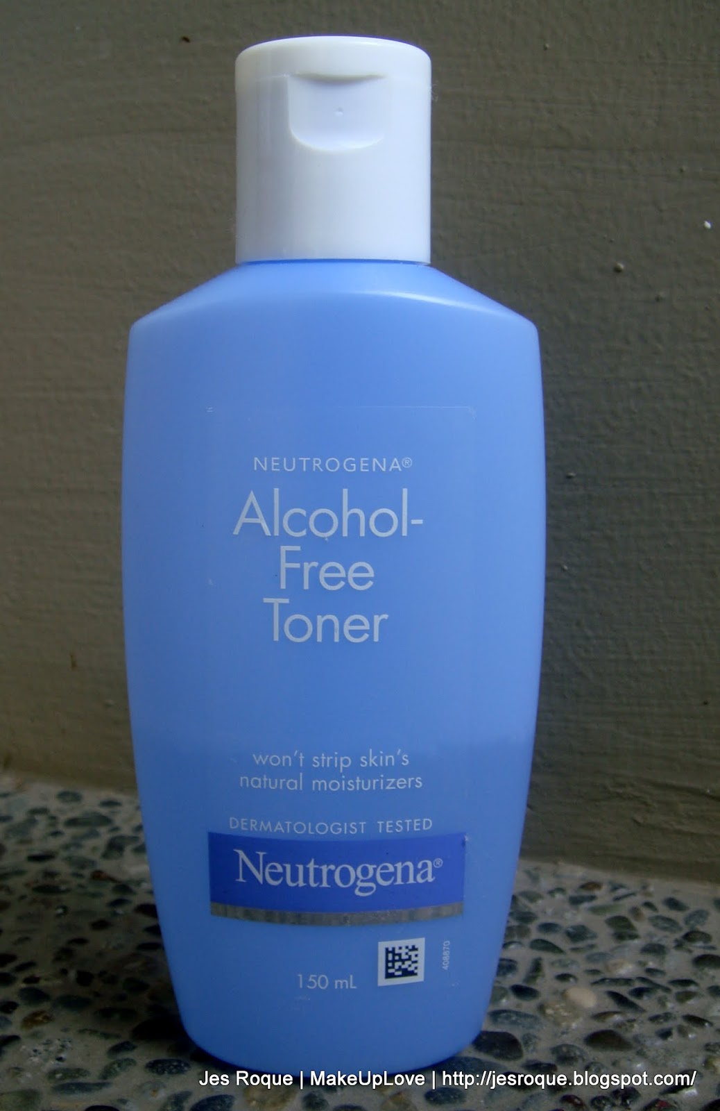 Toners with alcohol