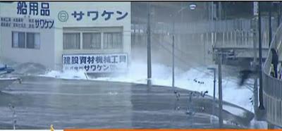 foto Tsunami Gempa Jepang