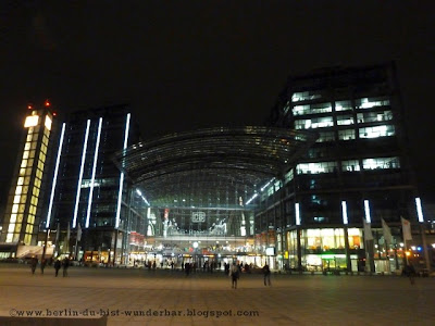 festival of lights, berlin, illumination, 2012, hauptbahnhof, hbf