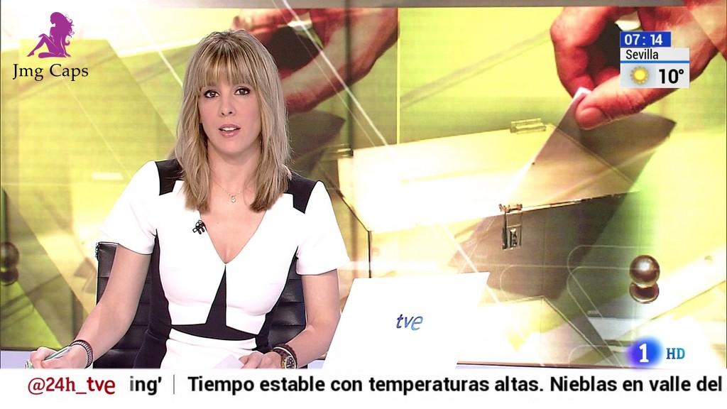 ANA IBAÑEZ, TELEDIARIO MATINAL (13.11.15)