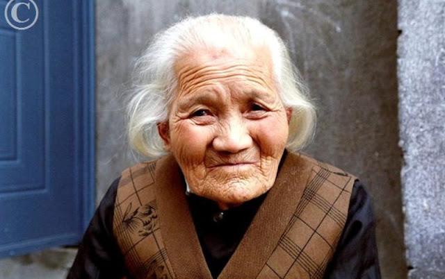 http://3.bp.blogspot.com/-Dqer7WTu9S8/T1rJoEEpccI/AAAAAAAAAJI/5LgC-Chog4U/s1600/jepang.jpg