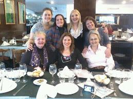 """Almorzando en el Resto"""" El Callao"""". mi querida Eliane, Amalia, Liliana, Noemì, Elisa, Bali y yo.  ,"""