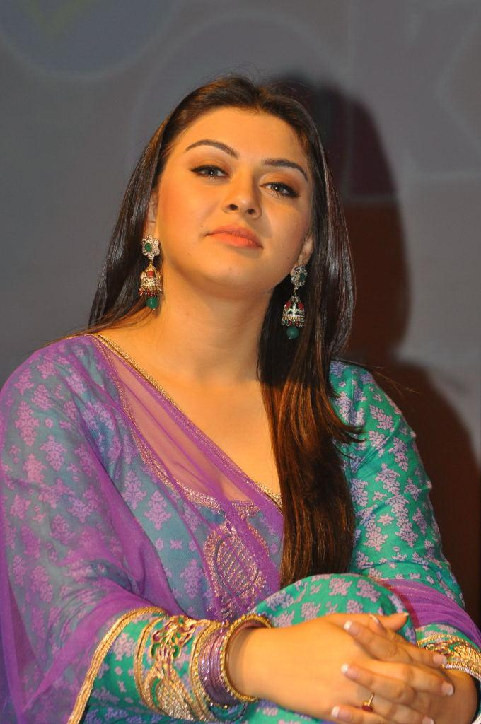 Actress Hansika Motwani Hot And Sexy Images In The Blue Chudithar Showing Her CLeavage