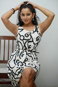 Ishika singh sizzling pics-thumbnail-17