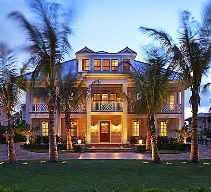 The big names is not enough for human to releasing their journey from difficulty.  For Rossie O'Donnell, trades off her luxurious beachfront Mansion at Nokomis, Florida for more thatn $ 5.7 Million! Certainly, it's have a motive.