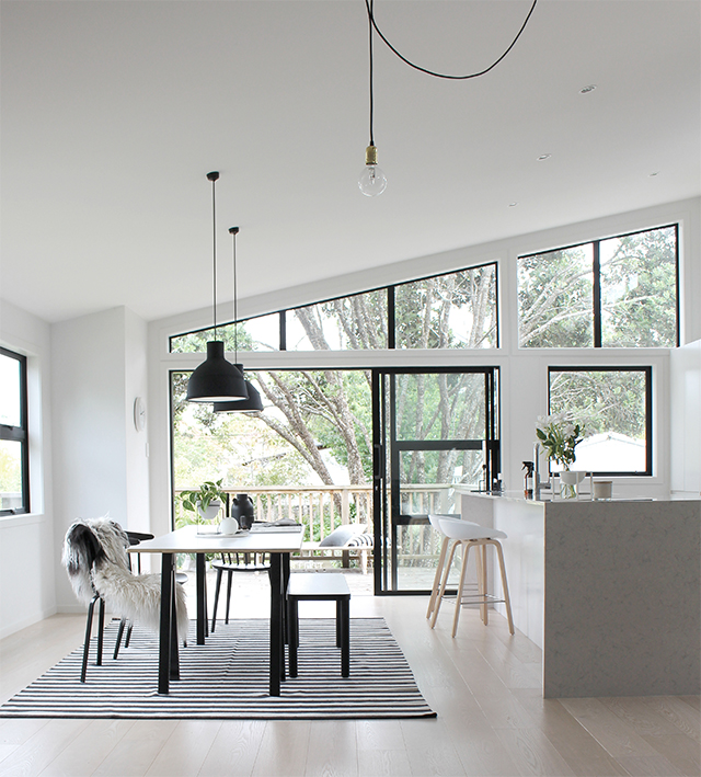 Bench Seating In Front Of Kitchen Windows Use Different: T.D.C: The Sunday Bench