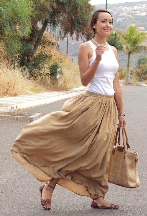 Calzado y faldas de moda