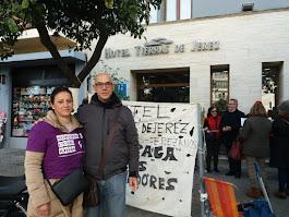 Manuela Vargas ya lleva 83 (84 hoy) días reivindicando lo que le debe el Hotel Tierras de Jerez
