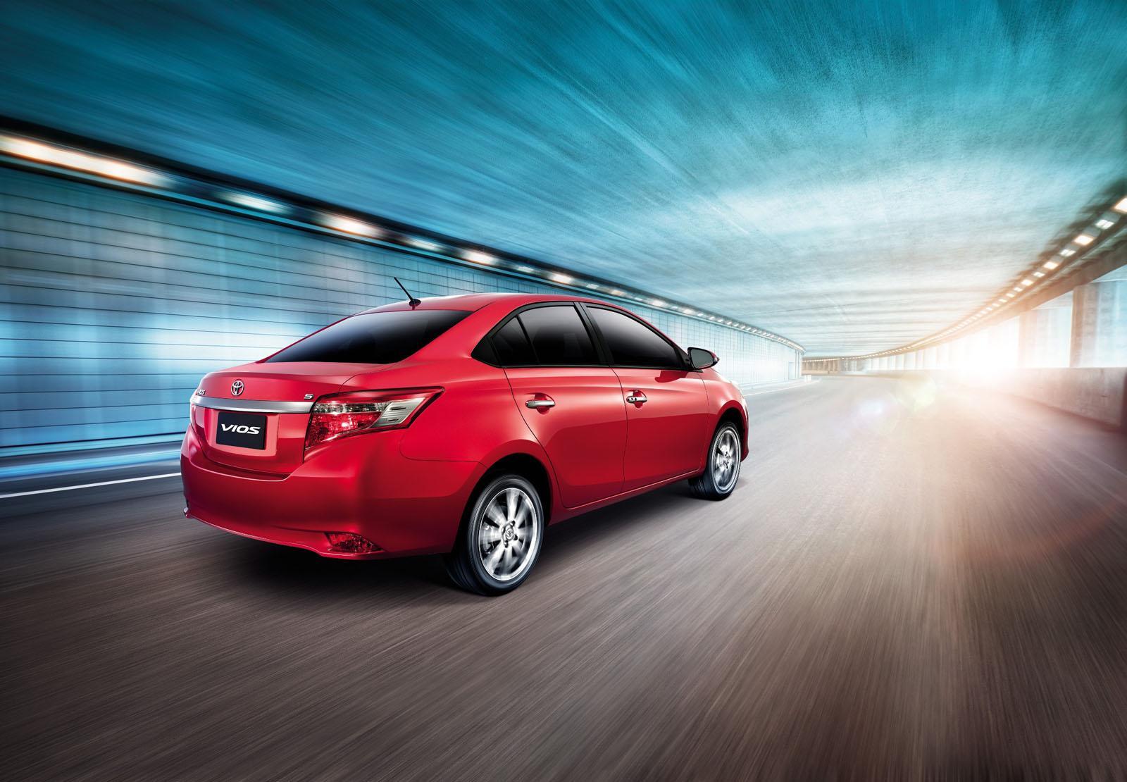 novo Toyota Vios 2014 traseira 2