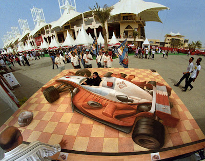 Amazing 3 dimensional illusions of Kurt Wenner