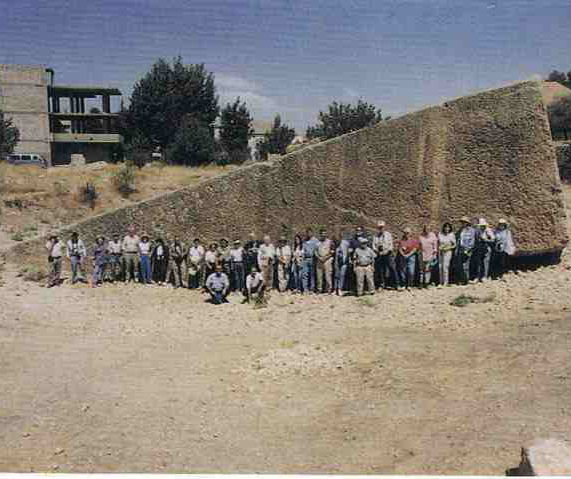 batu bongkahan kuil baalbeck