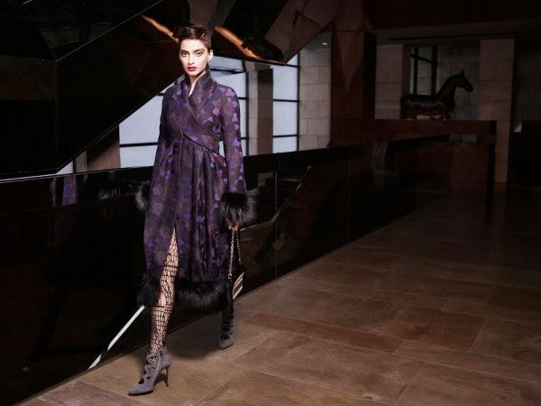 Fashionable Sonam Kapoor's Cosmopolitan October 2009 Photos
