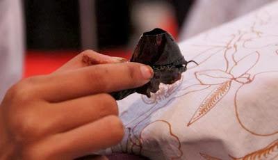 Menelusuri Sejarah Hari Batik Nasional
