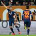 Pizarro marca, Werder Bremen bate o lanterna Augsburg e se afasta da degola