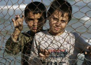 Anak-Anak Palestina Pengungsi Meninggal Karena Penolakan Rumah Sakit