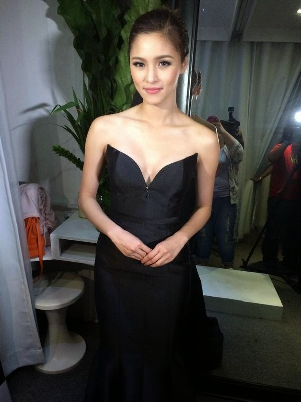 Take a peek at Kim Chiu's fabulous gown at 8th Star Magic Ball 2014