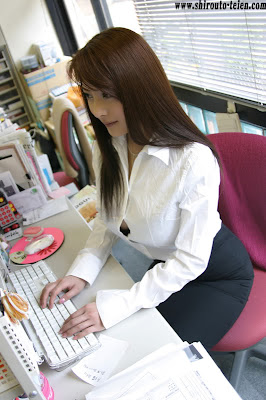 2asian secretary from tokyo with analhole milk201508130755018 - 4 1