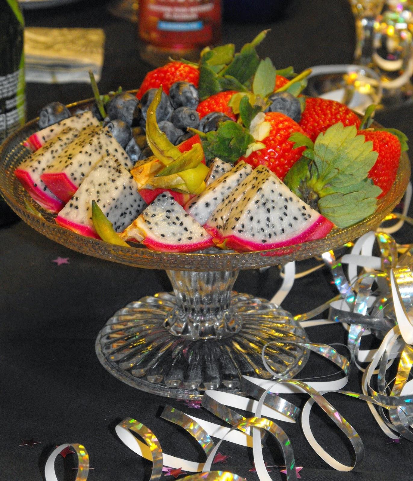 Nougatine, mandelknäck, sockerkorgar, sockerskålar, mendelmusselformar, efterrätt, dessert, Sösdala, Hässleholm