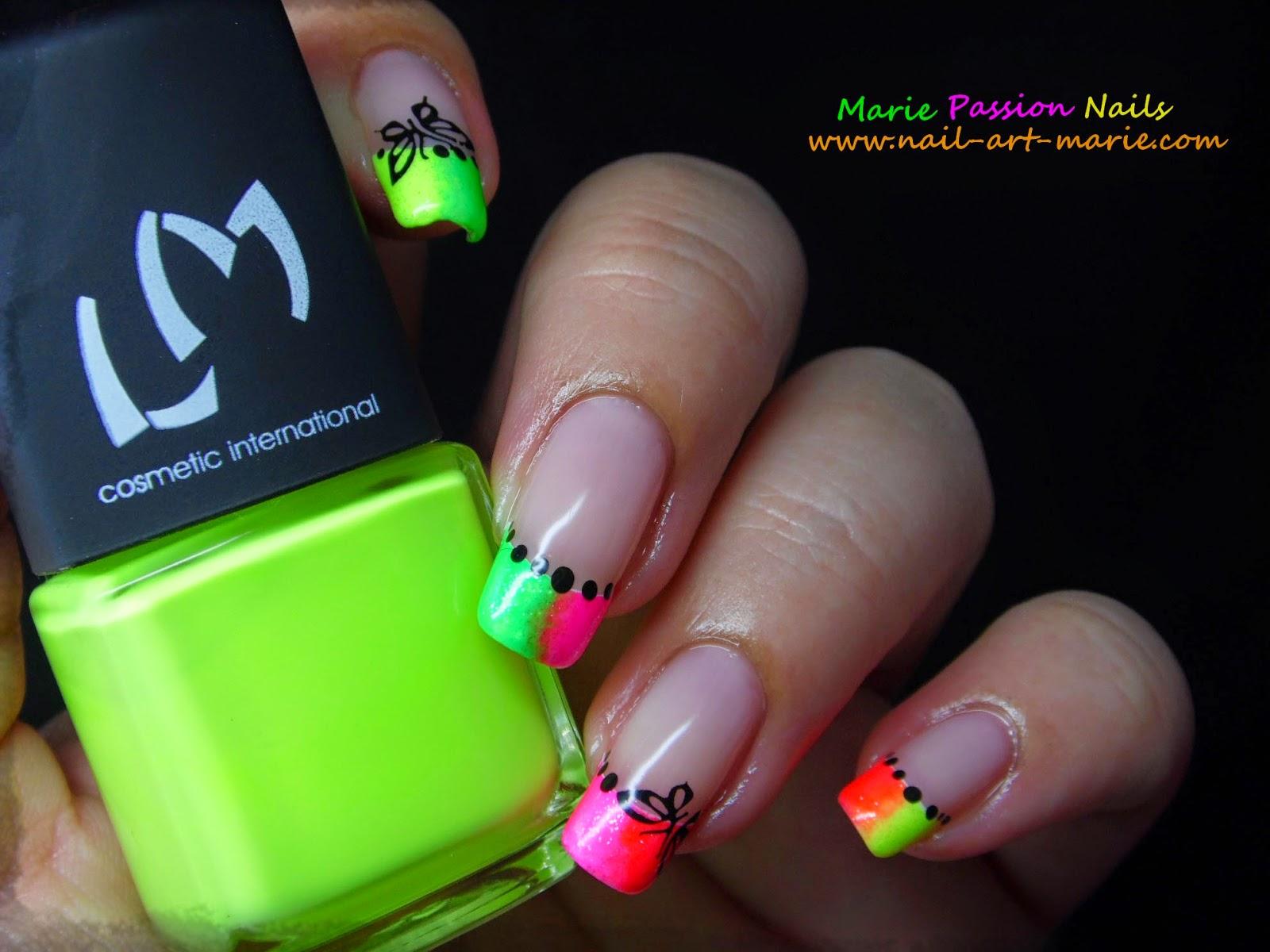 Nail Art french en dégradé de fluos3