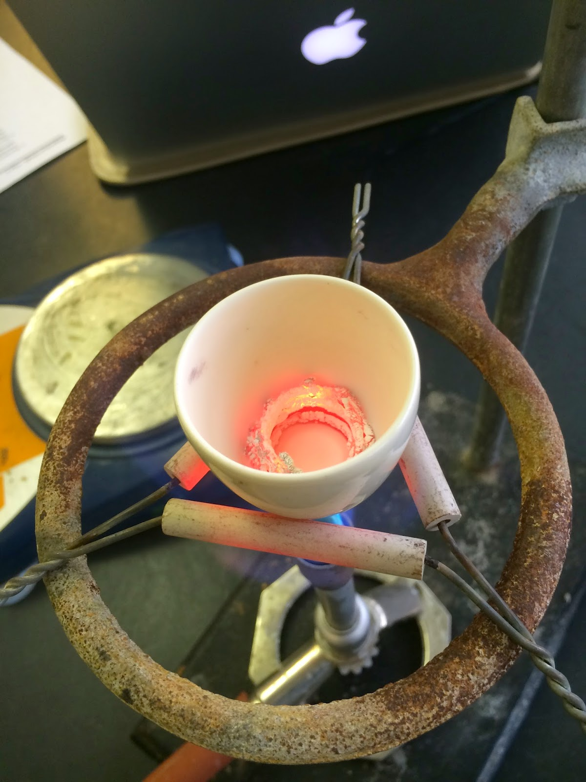Magnesium Oxide Experiment : The art of teaching science blow lid off magnesium