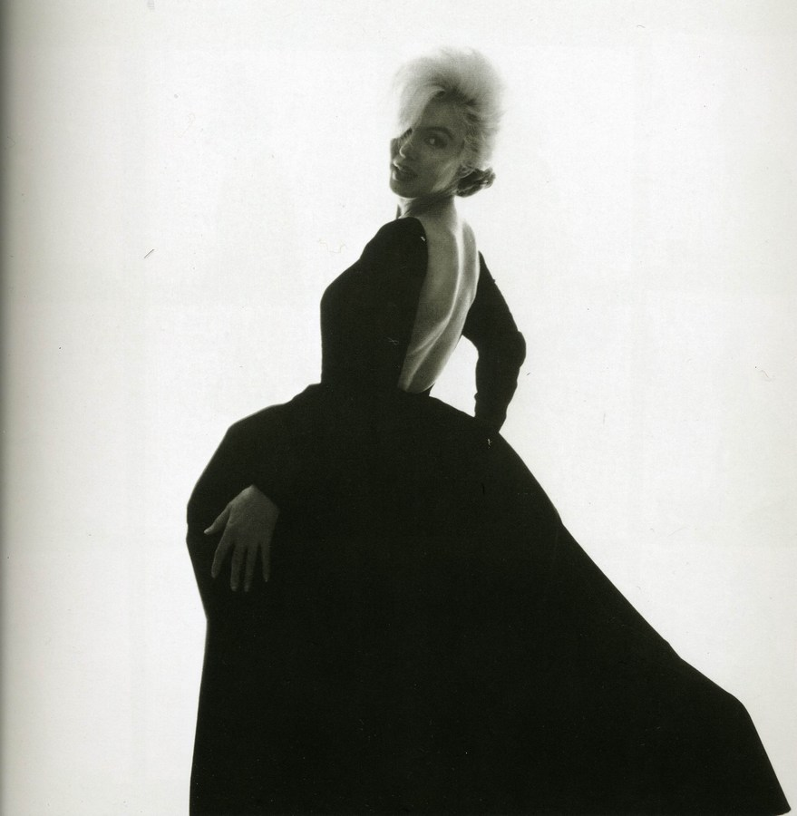 To dress vintage for the gal that loves fashion my marilyn monroe