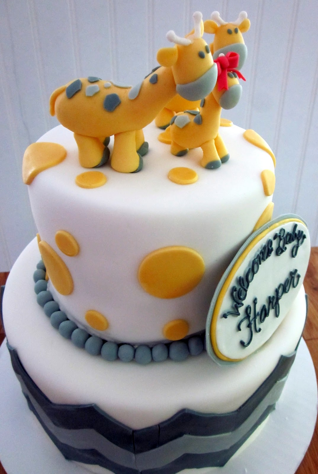 darlin 39 designs giraffe baby shower cake
