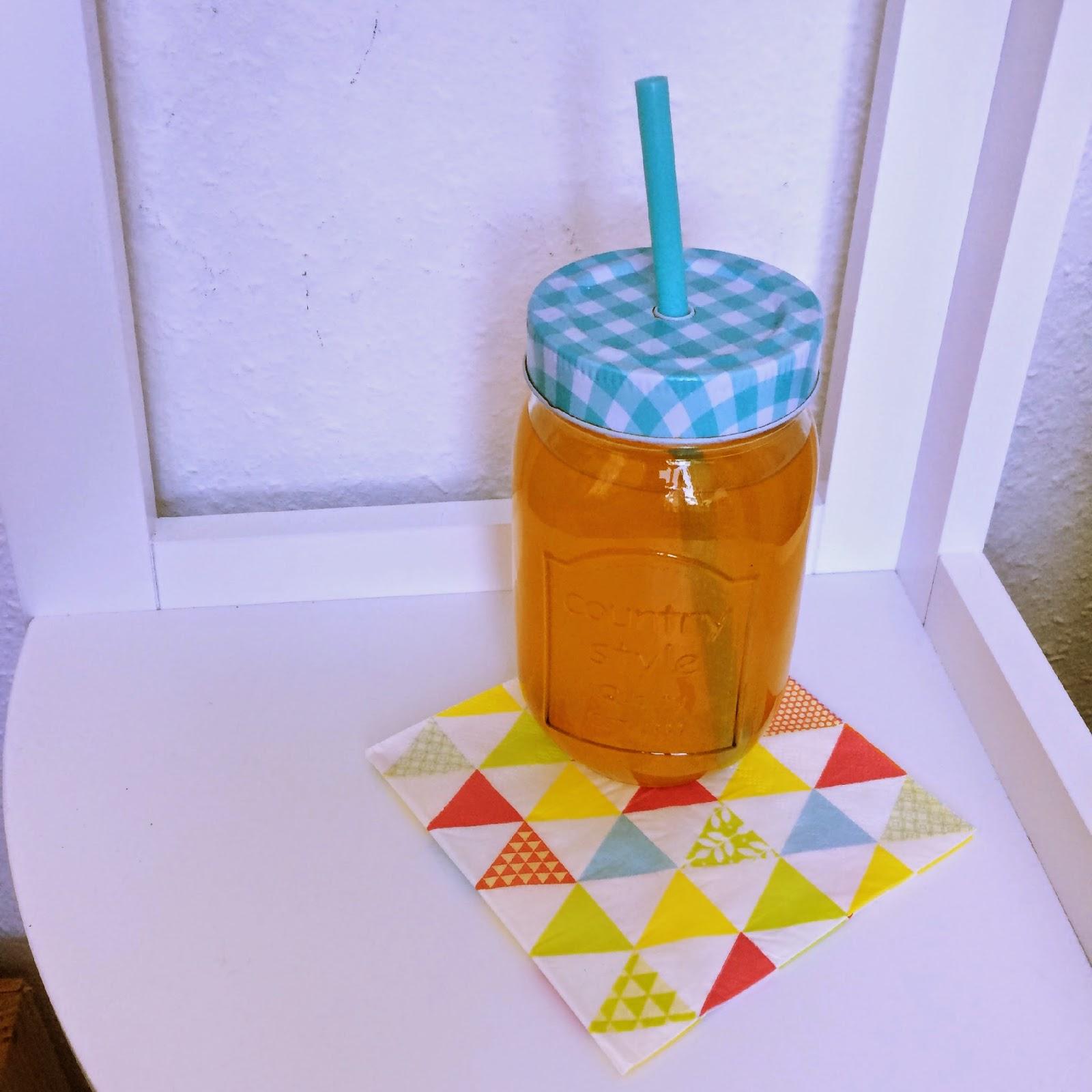 mason jar de jus d'orange