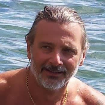 https://www.facebook.com/antonio.giovannini.98