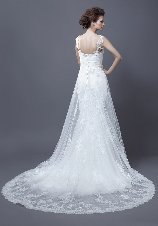 Lace Backless Straps V-neck Wedding Dress