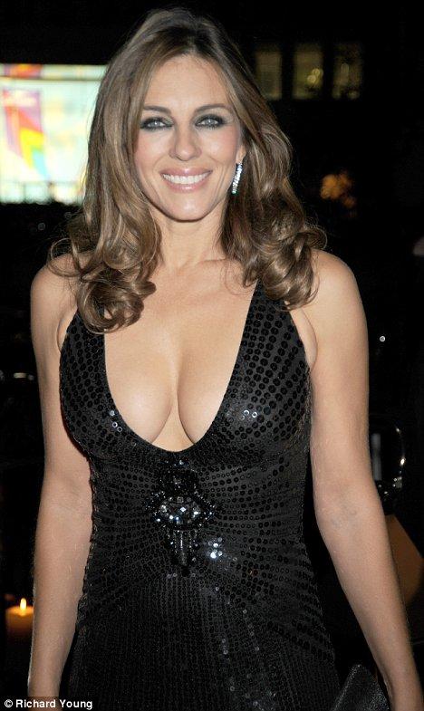 Hollywood Actress Elizabeth Hurley Hot Photos, Elizabeth Hurley Pics ...
