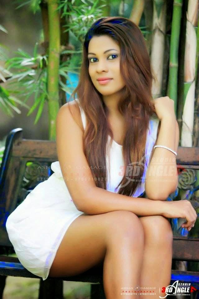 Actress in lankan bollywood sri