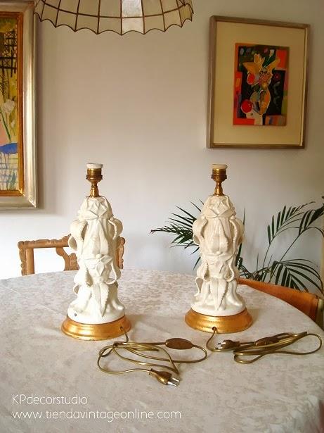 Lámparas de mesa vintage, originales, cerámicas, manises, valencia. Lámparas cerámica y base de madera