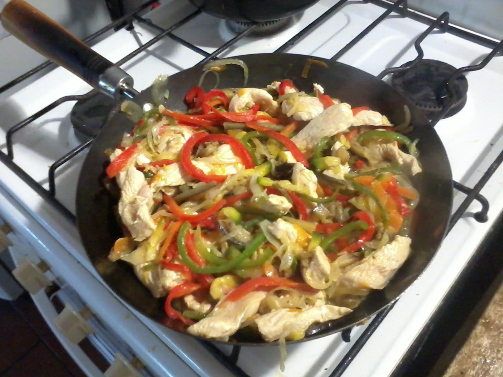 Chop Suey de Pollo Chop Suey de Pollo