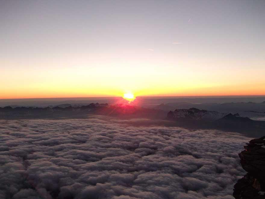Paket Mendaki Gunung Agung