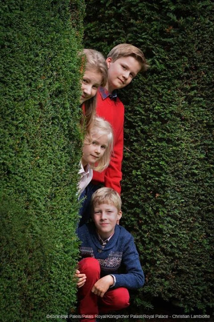 New Official Photos Of Elisabeth, Gabriel, Emmanuel And Eléonore