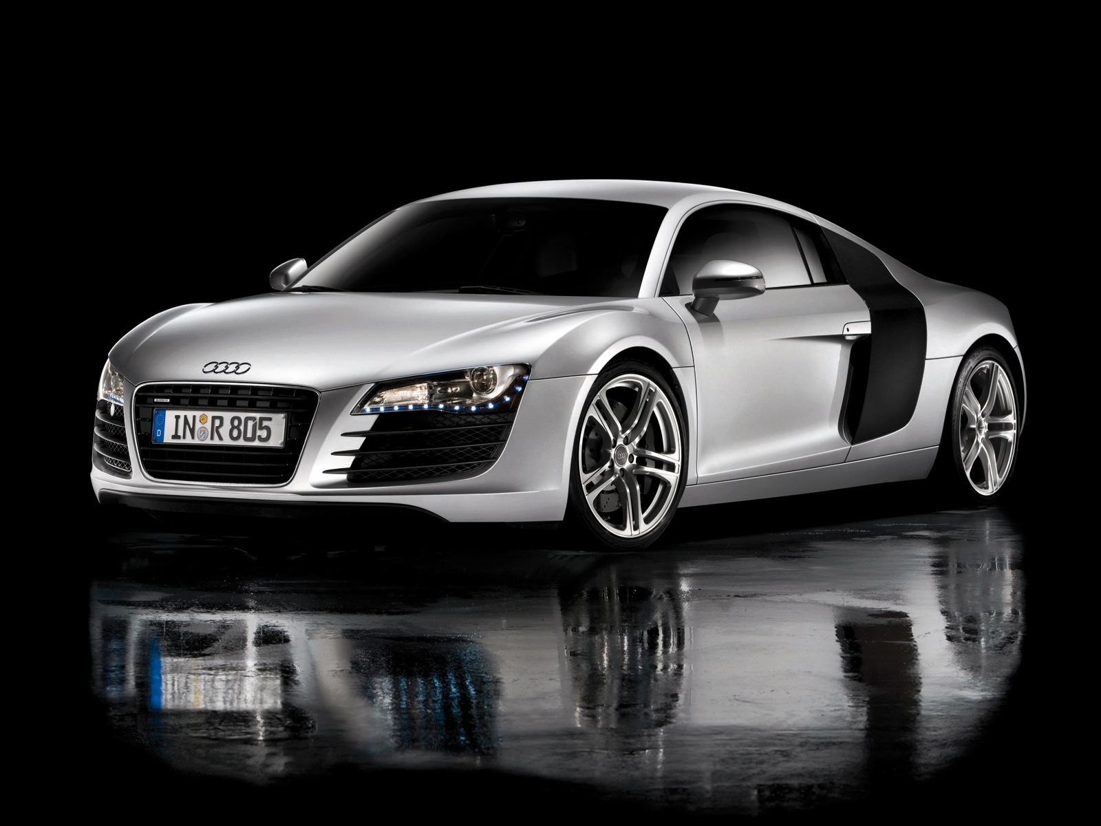 Fast Cars: audi car pictures