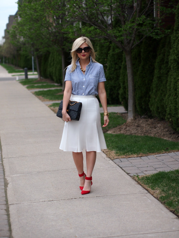 Suburban Faux-Pas: White Pencil Skirt