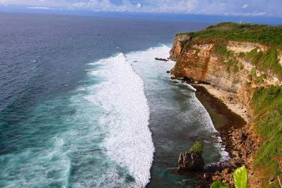 Tempat wisata terpopuler#2 Uluwatu