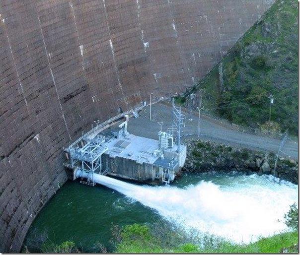 США,Калифорния,водосток,плотина,водоворот