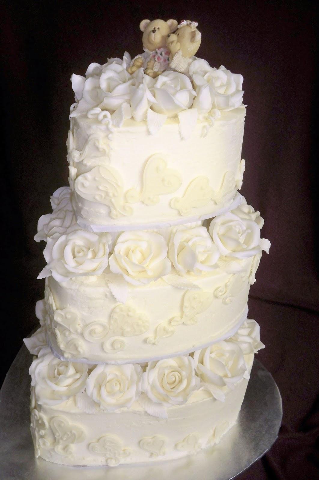 Romantic white chocolate wedding cake | Elisabeth\'s Wedding Cakes