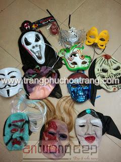 bán mặt nạ halloween