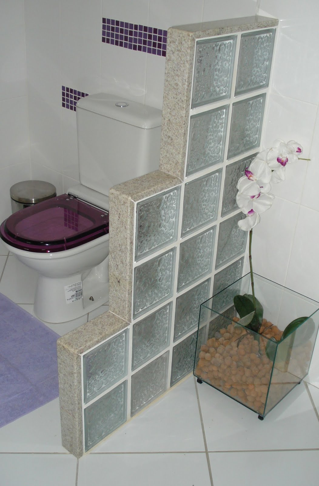 Divisoria de Banheiro e Pia de banheiro Branco Siena Marmoraria MPK #73614C 1052x1600 Banheiro Branco Siena