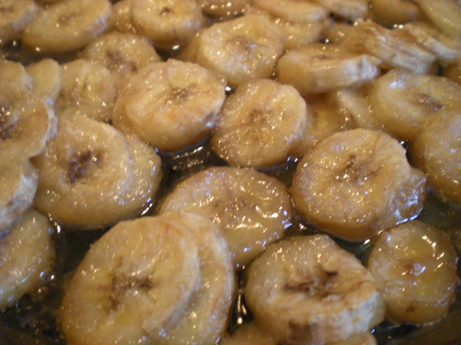 Lemonade Soul: Roasted Banana Cinnamon Rolls