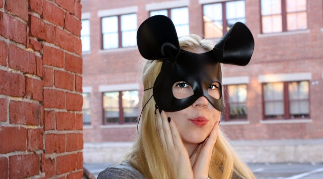 I'm a mouse duh, outfits, halloween, halloween costumes, leather masks, mean girls halloween, boston fashion, boston fashion blog, how to wear leather, how to wear leather leggings