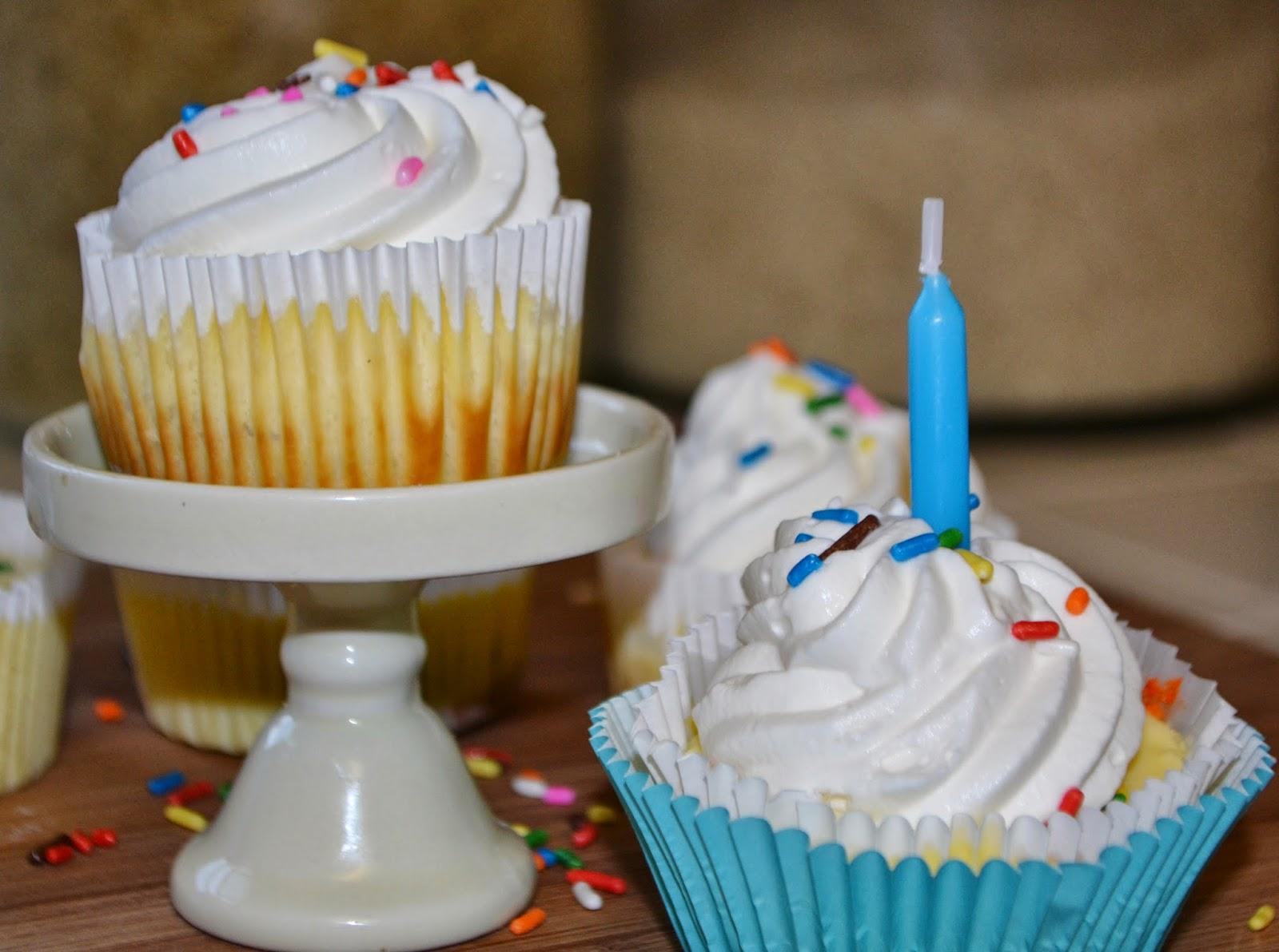 Live... Bake... Love...: Birthday Cake Oreo Cheesecake